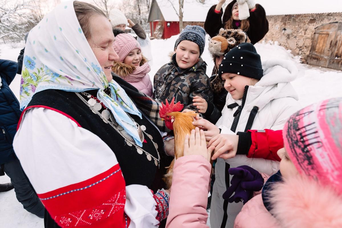 На «живых уроках» в Псковской области побывали около 400 школьников из других регионов России
