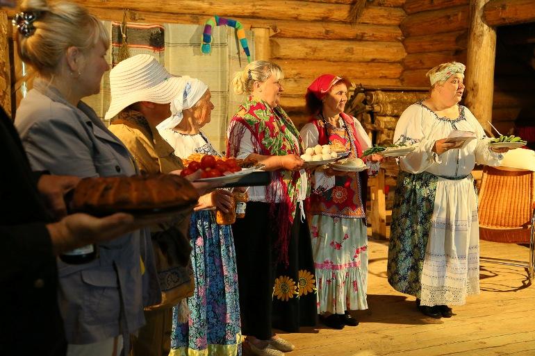 С 20 по 23 июня в «Пушкинской деревне» пройдет фестиваль любительских театров «Затея сельской остроты», фото-1