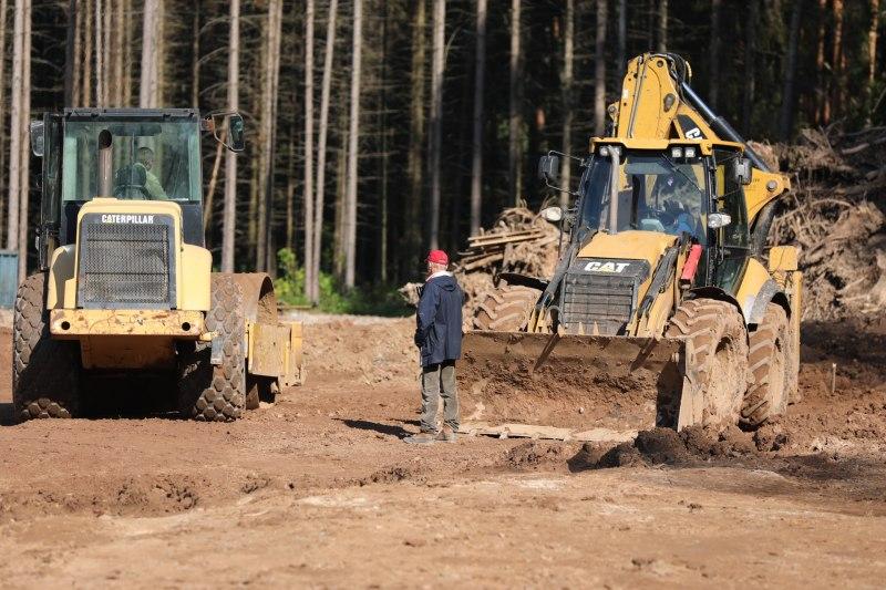Губернатор поручил передать строительство великолукского велоцентра местным строителям, фото-5