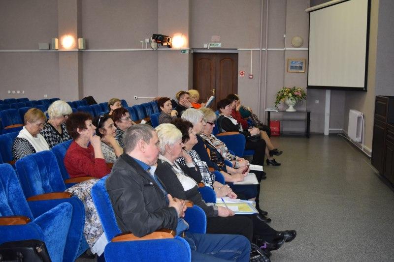 Развитие гражданской грамотности среди населения обсудили на семинаре по ЖКХ в Пскове, фото-1