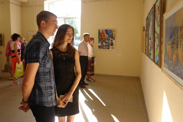 В Пскове открылась выставка молодых художников «Наше время», фото-2