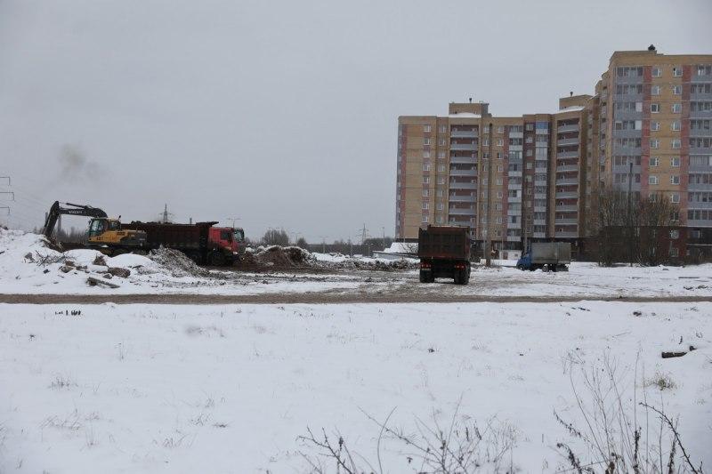 Михаил Ведерников поручил проработать комплексное благоустройство территории вблизи перинатального центра, фото-2